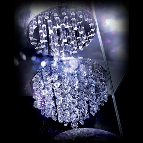 133 papilles et 48 tubes de cristal Baccarat